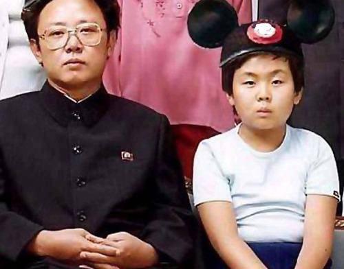 Kim Jong Un goes to Disneyland